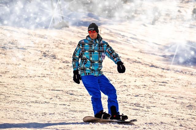 muž na snowboardu.jpg