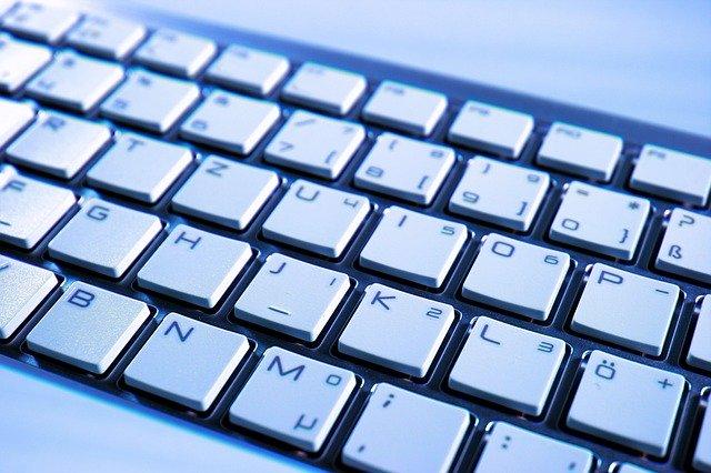 klávesnice bílá.jpg