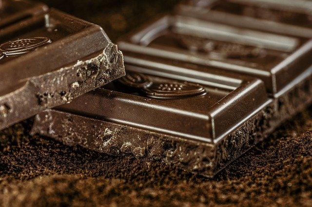 tabulka hořké čokolády