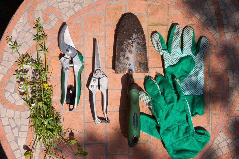 zahradní náčiní