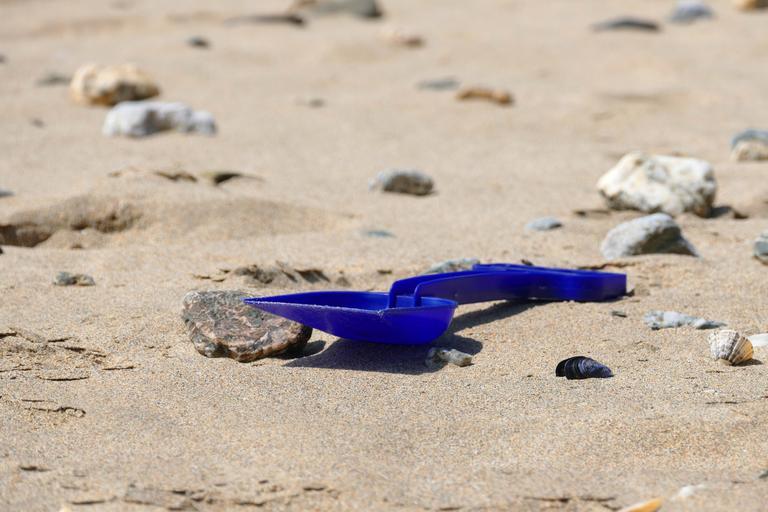 lopatka na písek